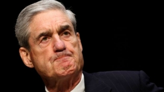 Trump Russia probe: Mueller has 'thousands' of transition team emails