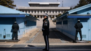 Kim Jong-un to meet Moon Jae-in at Korean border for summit