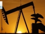 Oil prices fluctuate between shale and sanctions and reduce supply