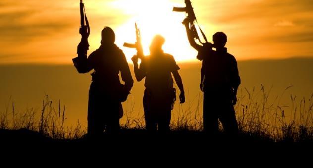 """""""مناطق الفراغ"""": التداعيات الإقليمية المحتملة لظهور """"بؤر مسلحة"""" جديدة في المنطقة"""