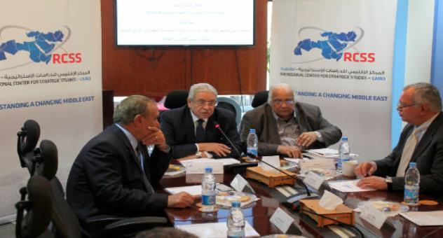 من معضلة التمويل إلى التشبيك: حلقة نقاش: التحديات الثمانية لمراكز الفكر في الشرق الأوسط