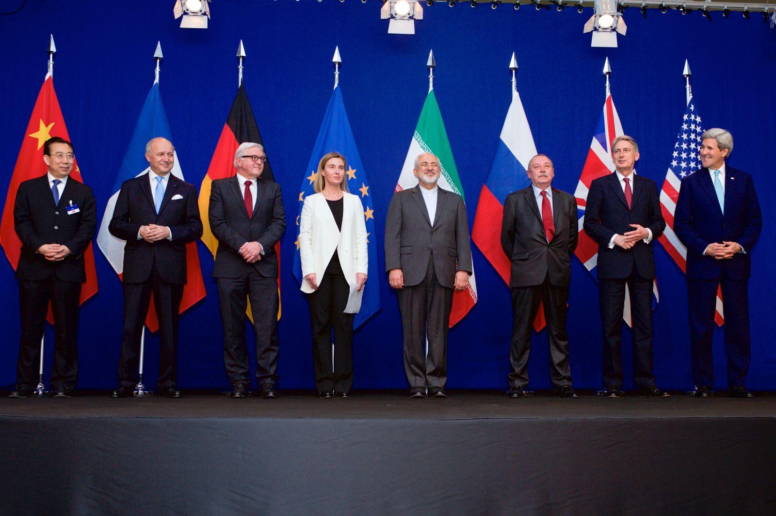 التعايش مع الصفقة النووية الإيرانية
