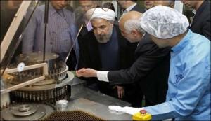 الرئيس الايراني يدشن مصنع انتاج هورمون النمو الانساني