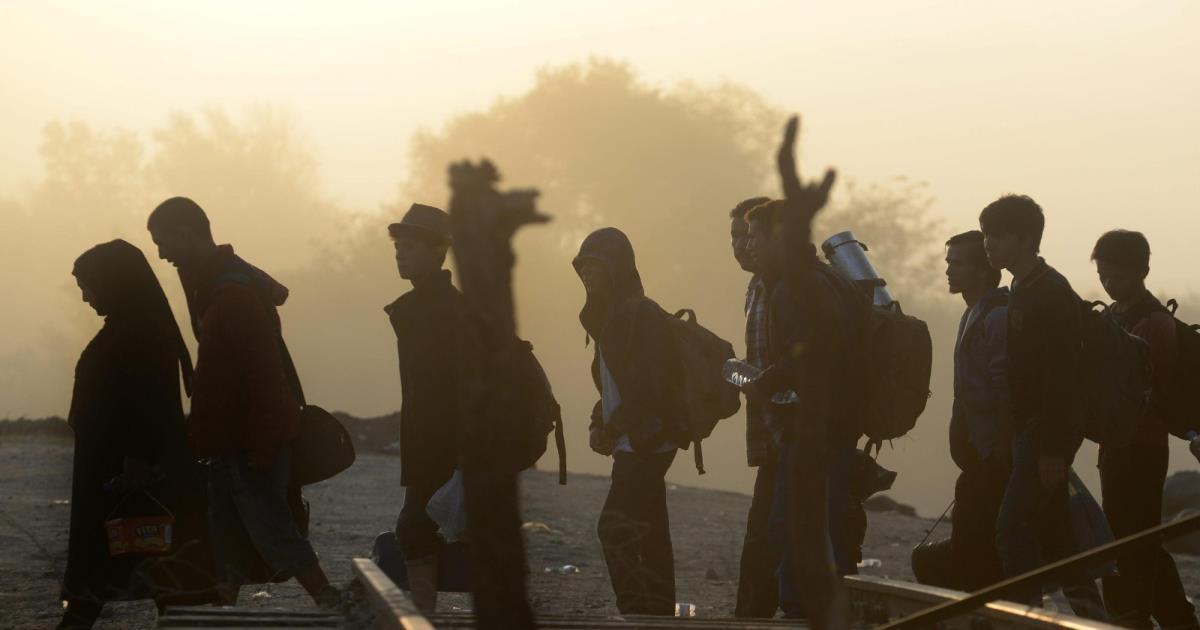 """الكنيسة الكاثوليكية أمام تيار """"الهجرة إلى أوروبا"""""""