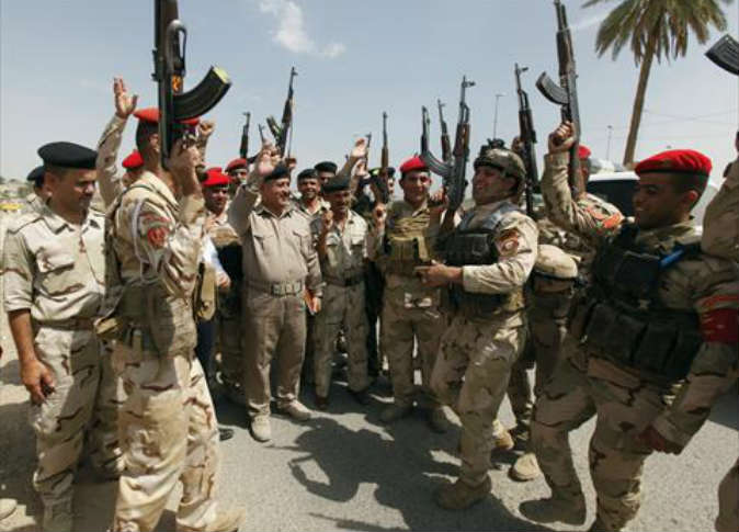 جيش العراق يدلك أقدام الإيرانيين؟ وافضيحتاه
