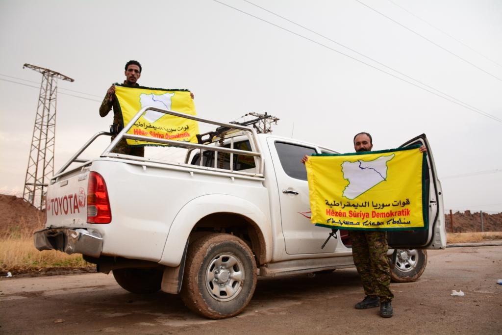 قوات سورية الديمقراطية :بداية الاستراتيجية الامريكية الجديدة في مواجهة تنظيم الدولة