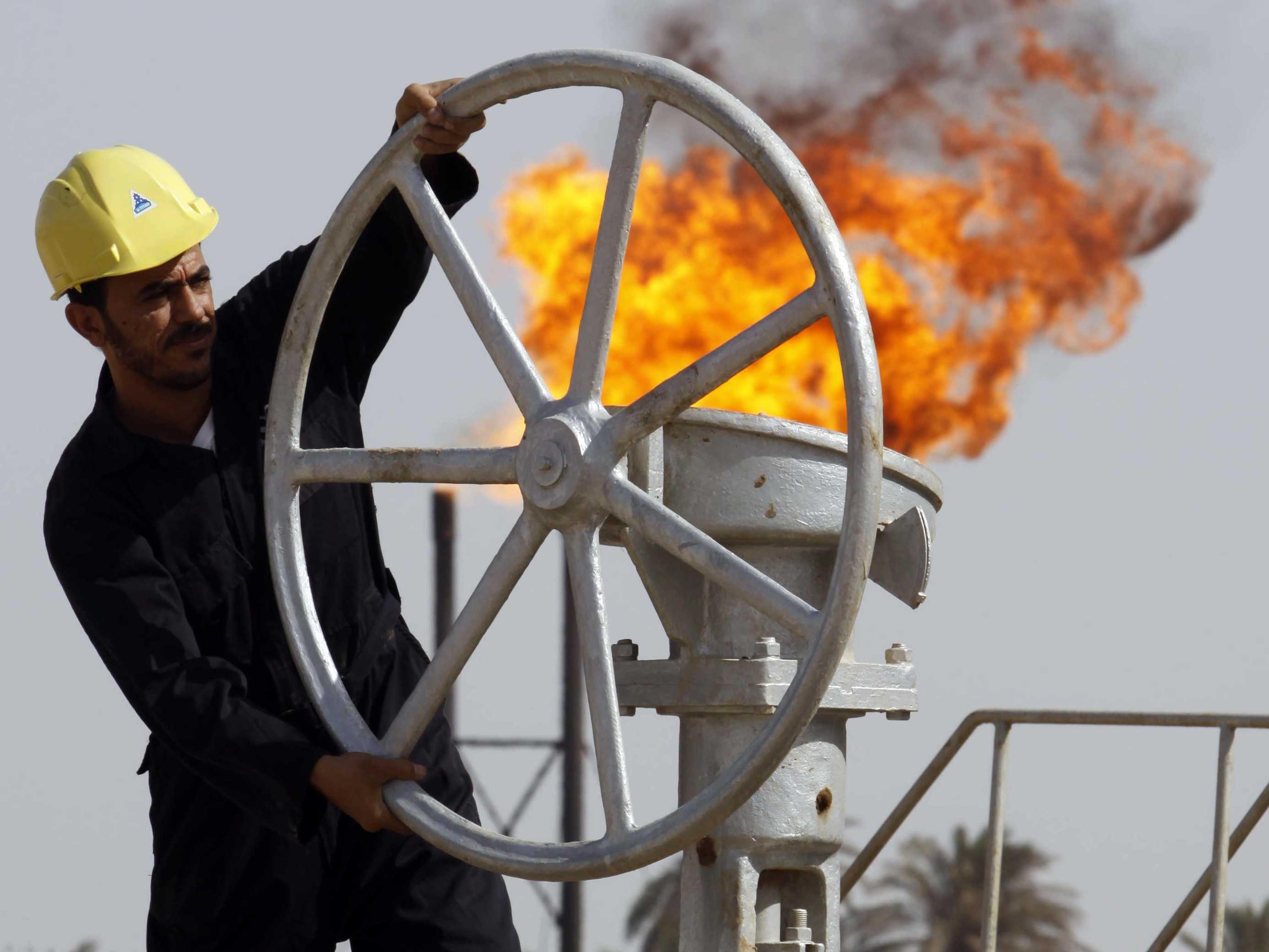 واقع السياسة النفطية واثارها على الاقتصاد العراقي