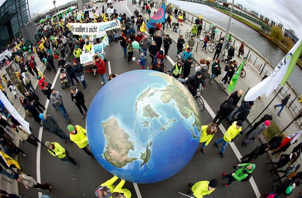تغير المناخ..«السرقة بلا خجل»