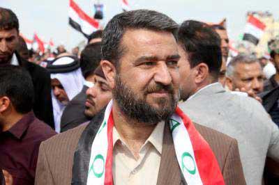 عناصر عسكرية تجمع الأموال من العراقيين بحجة توجيهها للحشد الشعبي