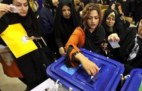 الإيرانيون بين التكليفين الشعبي والخامنئي
