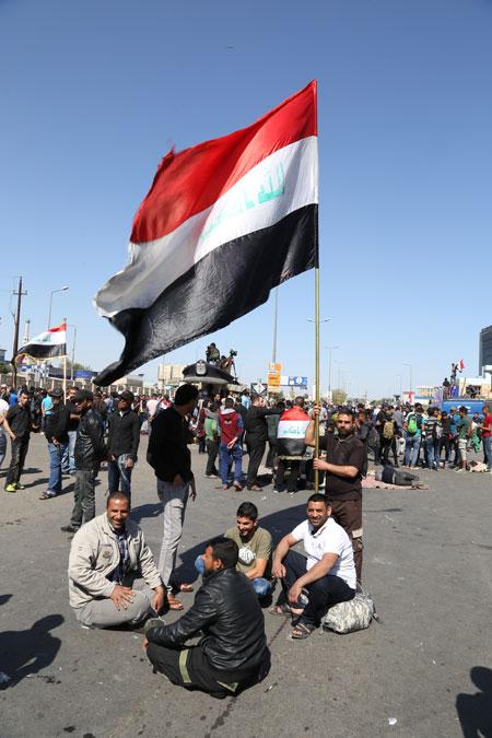 دولة الدين ودولة السياسة: قرارات بغداد أم فتاوى النجف