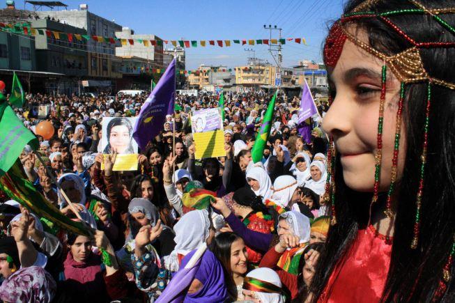 خطوة تركية جديدة للتعامل مع القضية الكردية