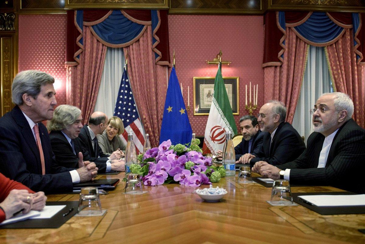 سنة على الاتفاق النووي الإيراني: التداعيات الاقتصادية والنووية، والإقليمية