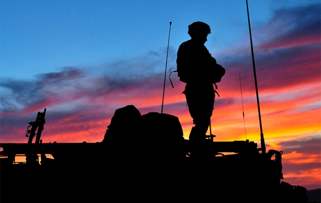 ArmySoldierSunsetTank-639x405