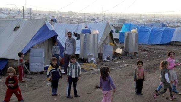 عرب ومخيمات