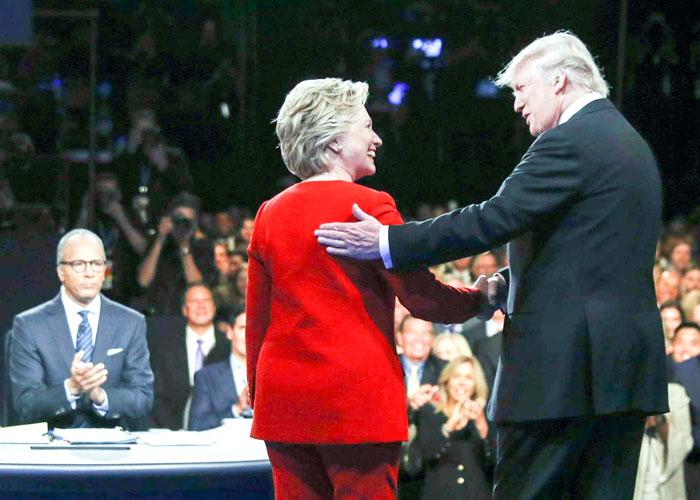 هل تخلت المؤسسات الأميركية عن حيادها في الانتخابات الرئاسية