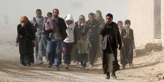 """مجلة """"فورين بوليسي: """"داعش"""" ينهب المدنيين في الموصل مقابل الخروج"""