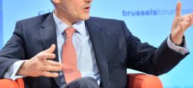 نظرة استشرافية:يتحدث ديريك شوليت، في مقابلة معه، عن آلية صنع القرارات التي اتّبعتها إدارة أوباما في الملف السوري.