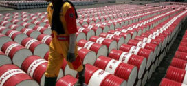 خفض أوبك وتراجع أسعار الشحن يزيدان ربحية بيع النفط في آسيا