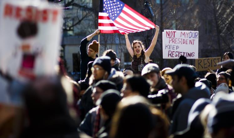 مظاهرات مناهضة لترمب بعدة مدن أميركية