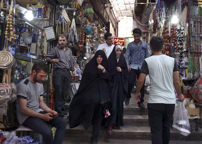 الاقتصاد الإيراني من سيء إلى أسوأ