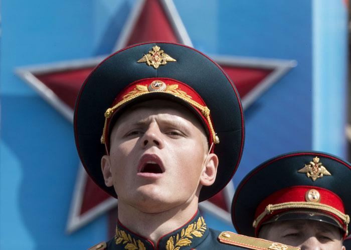 روسيا تعيد استنساخ السيناريو السوري في ليبيا