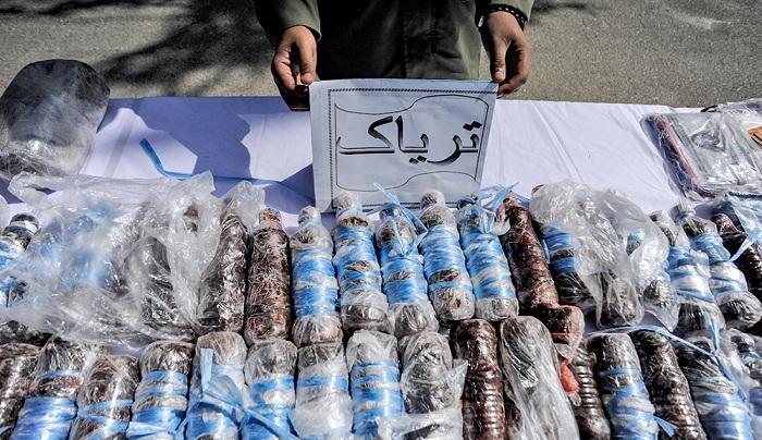 """""""المخدرات"""".. سلاح إيران السري لإضعاف دول الجوار"""