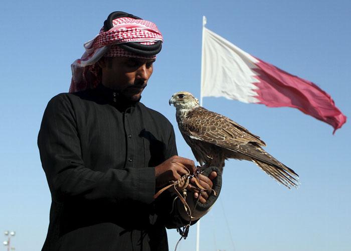 شيخ قطري يدفع مليوني دولار لتحرير أقاربه المختطفين في العراق