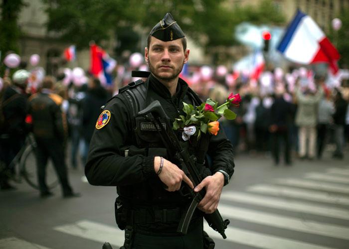 شبح الإرهاب يخيم على انتخابات فرنسا