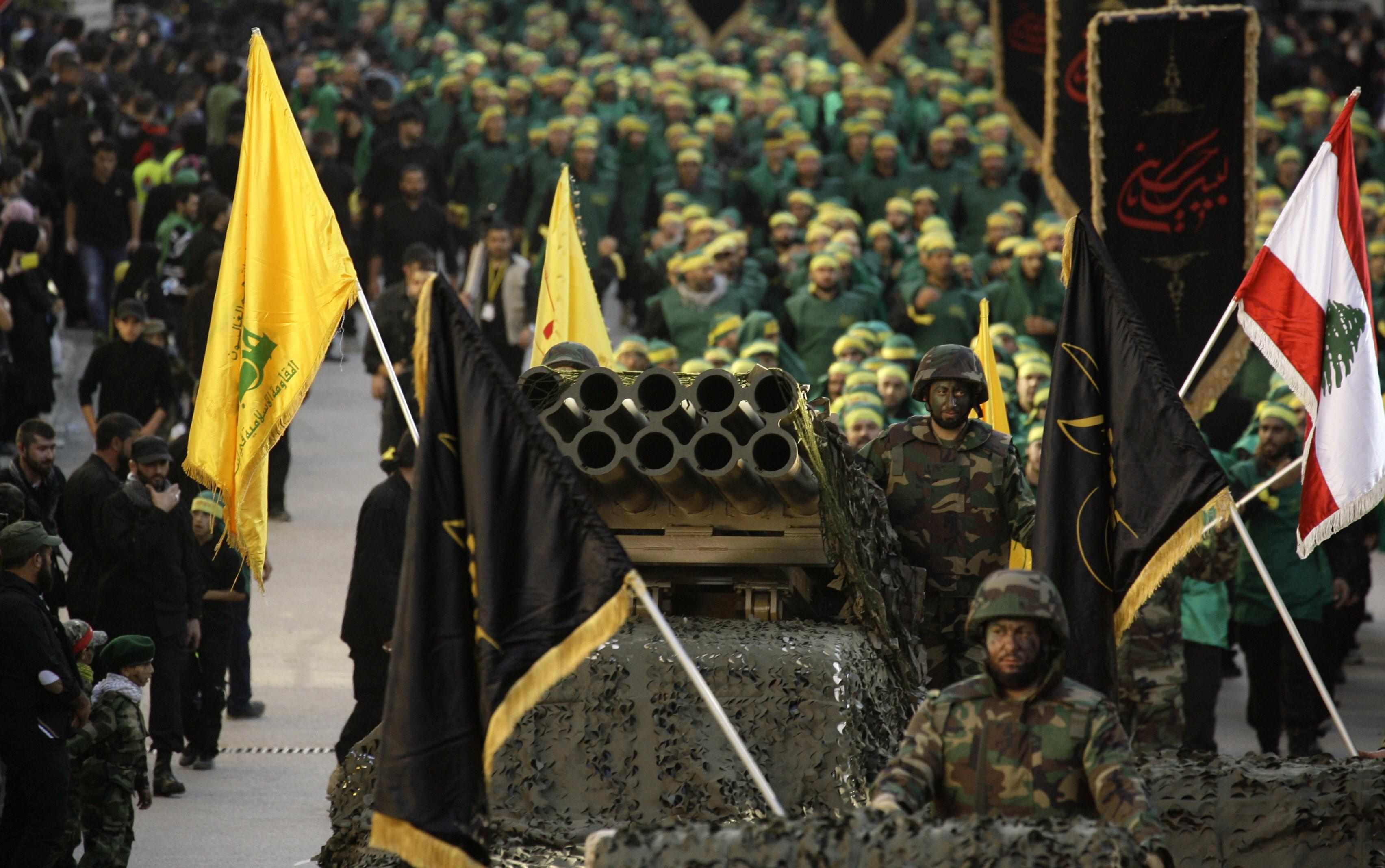 «حزب الله»: شيعة لبنان أم إيران؟
