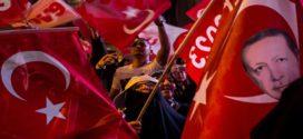 ماذا يعني لتركيا فوز أردوغان في الاستفتاء بهامش ضيق؟