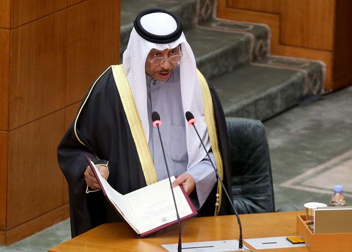 الحكومة الكويتية تستكشف سبلا قانونية لتفادي استجواب رئيسها