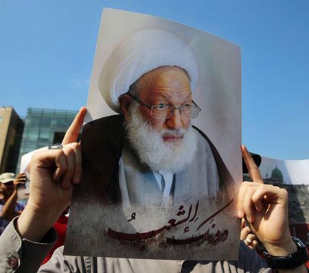 موجة تحريض إيرانية ترافق محاكمة رجل دين شيعي في البحرين