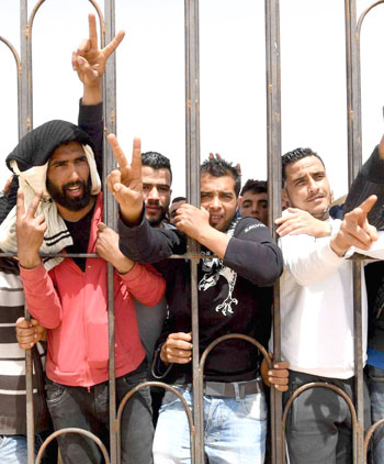 احتجاجات تطاوين تضع الاقتصاد التونسي في مفترق طرق
