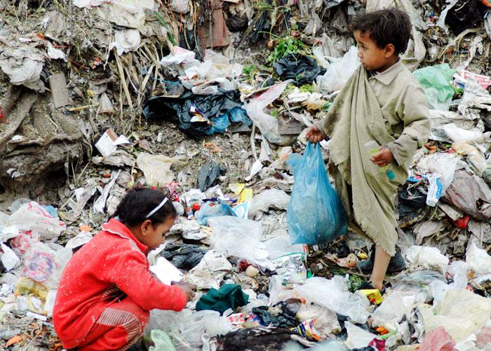 طهران خدعت شعبها: رفع العقوبات لم يرافقه تراجع نسبة الفقر