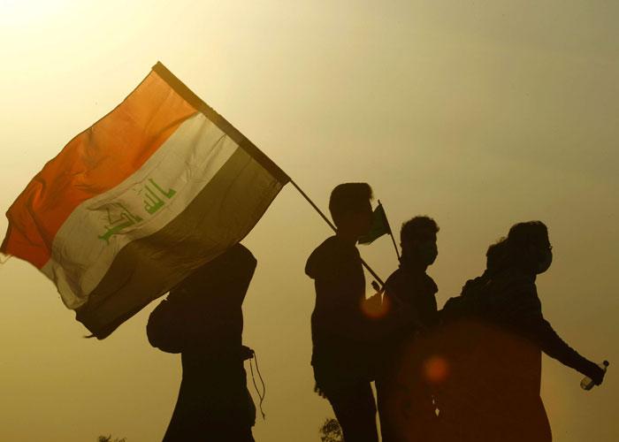 قطع طريق العودة على الزوار الإيرانيين من كربلاء بسبب التمييز ضد العراقيين