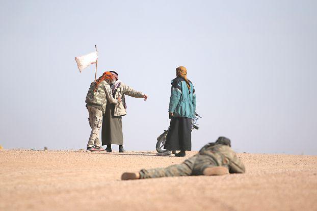 «قوات سورية الديموقراطية» تحض «داعش» في الرقة على تسليم أسلحته