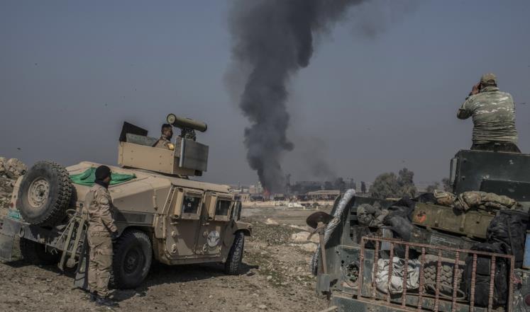 الجيش يستعيد حيا بالموصل وهجمات لتنظيم الدولة