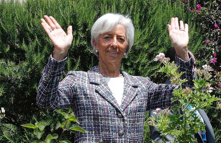مديرة صندوق النقد الدولي تعرض على منطقة اليورو حلا وسطا بشأن ديون اليونان