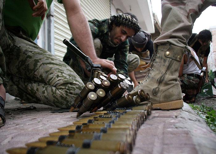 القوات اليمنية تستكمل السيطرة على القصر الجمهوري بتعز