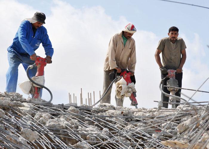 رسوم واردات الحديد تربك الأسواق ومشاريع البناء المصرية
