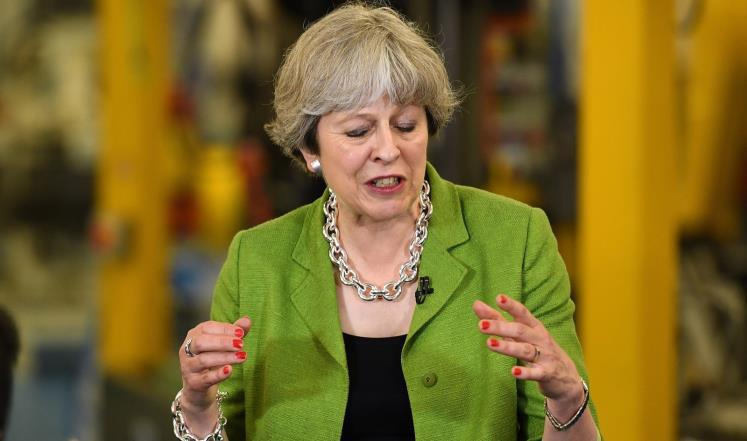 ماي في مرمى المعارضة قبل الانتخابات البريطانية