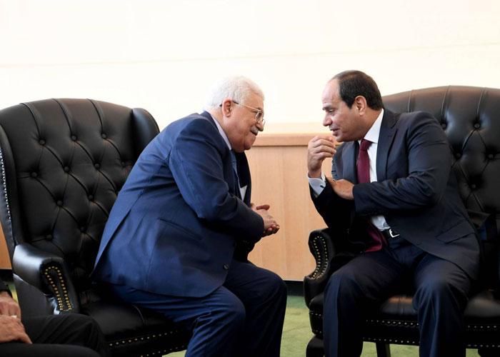 حماس وعباس في سباق لكسب دعم القاهرة