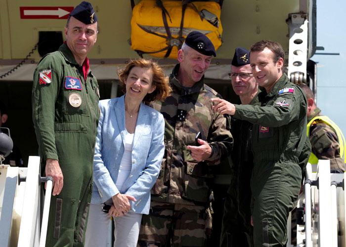 فرنسا تعزز وجودها العسكري بإفريقيا في إطار مكافحة الإرهاب