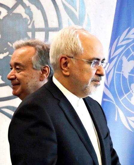 إدارة ترامب تبعث بإشارات متناقضة إلى إيران
