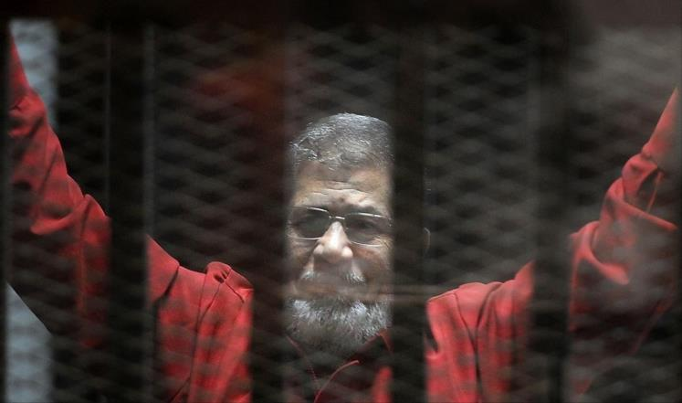 جماعة الإخوان تتمسك بشرعية مرسي وسلمية الاحتجاج