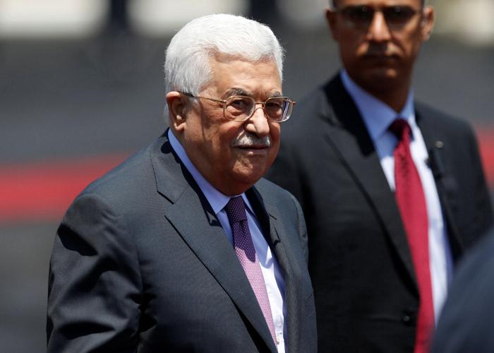 عباس يخفض الدعم المالي لمرضى غزة