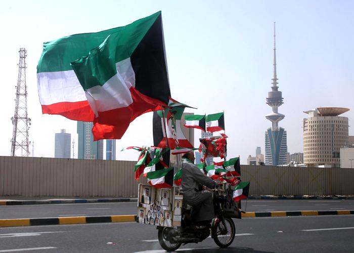 الكويت تعاود الاستعانة بالمدرسين الفلسطينيين بعد ربع قرن من الحظر