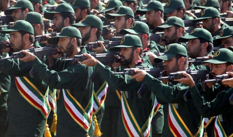 إيران تبدأ مناورات عسكرية قرب حدود كردستان العراق