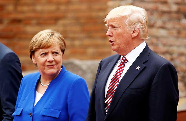 """ميركل وترامب يتفقان على عقوبات أشد حيال كوريا الشمالية وأمريكا قد تبيع """"الجنوبية"""" أسلحة بالمليارات"""